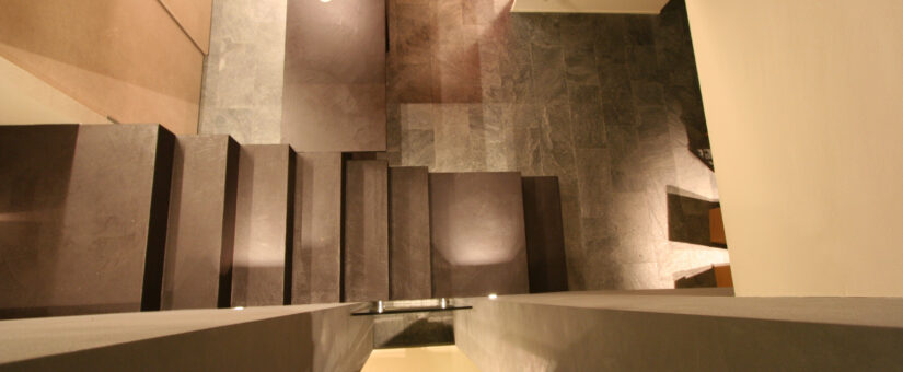 Renovating a staircase with continuous surfaces